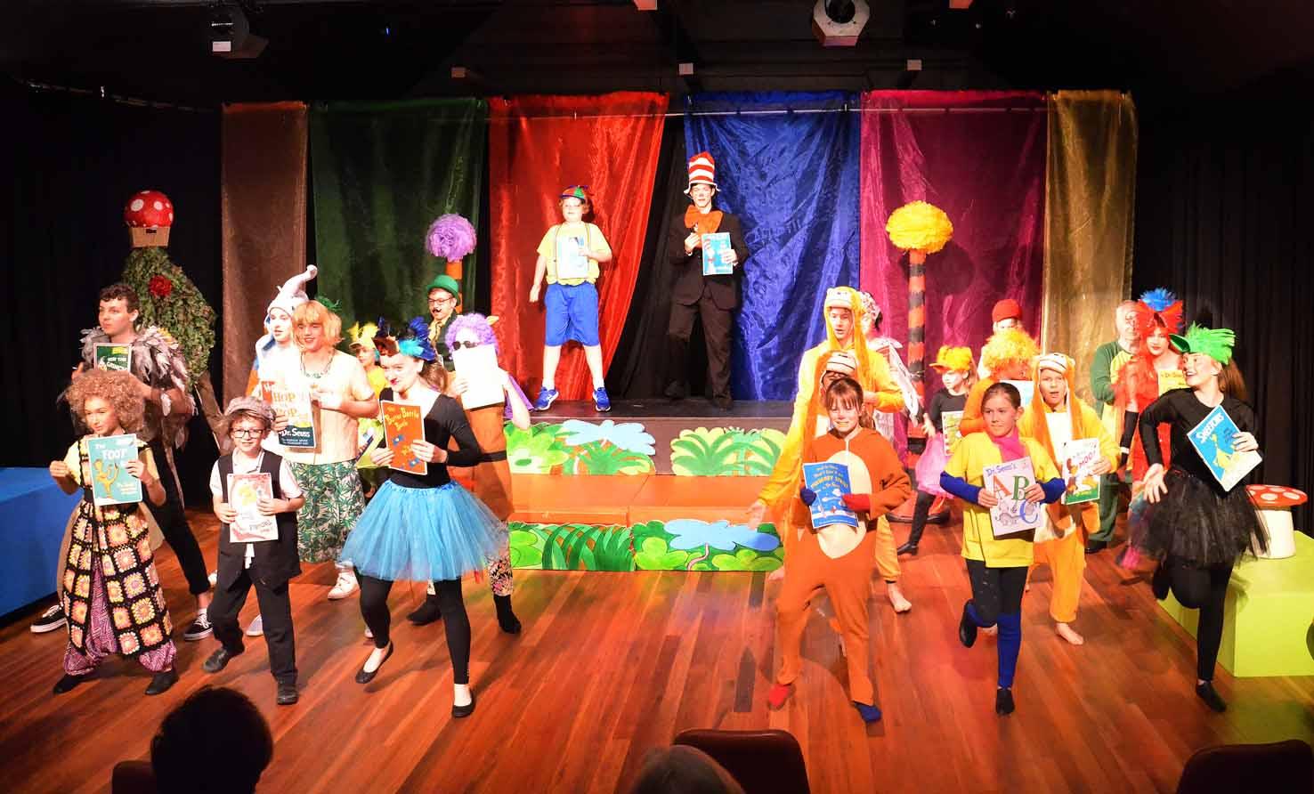 Seuss Jnr by Dawn Pugh - allcast_dance_5745